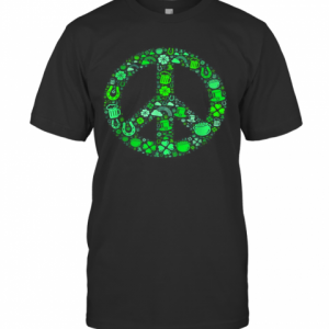 St Patrick Day Gifts For Men Women Hippie Peace Love T-Shirt Classic Men's T-shirt